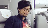 Hideo Kojima si congratula con Ueda