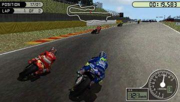 Immagine 2 del gioco MotoGP per Playstation PSP