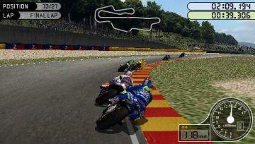 Immagine 4 del gioco MotoGP per Playstation PSP
