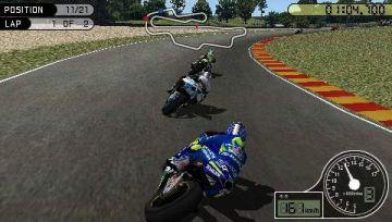 Immagine 3 del gioco MotoGP per Playstation PSP